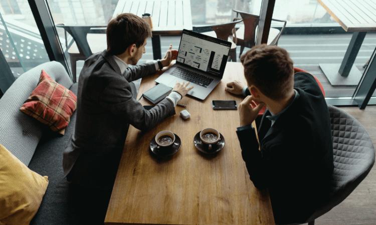 Importancia de la creación de la ficha de cliente para visitas comerciales exitosas